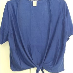 Short sleeved shrug can be tied in front